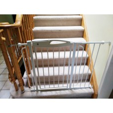 High Quality Durable Steel Stairway Doorway Adjustable Baby Safety Gate Rail